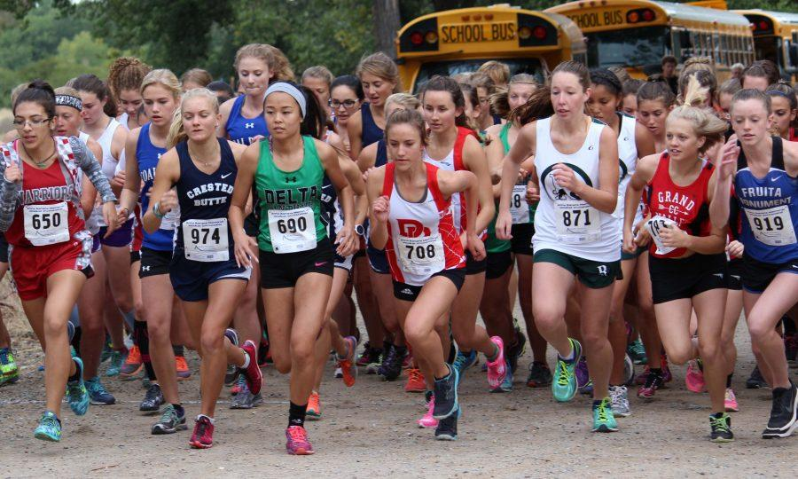 2016-09-24-grand-junction-cross-country-079-girls-start